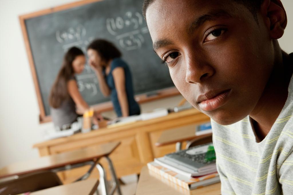 USA, California, Los Angeles, Teenagers (14-15, 16-17) at school