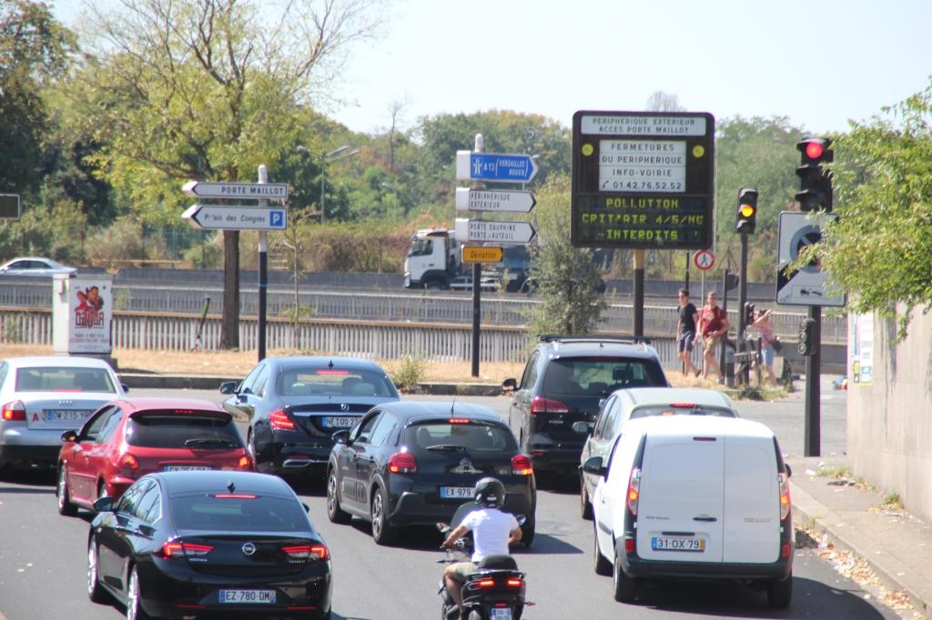 Traffic congestion in Paris