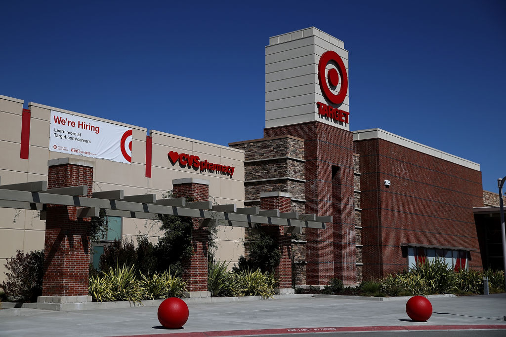Target To Raise Minimum Wage As Labor Market Tightens