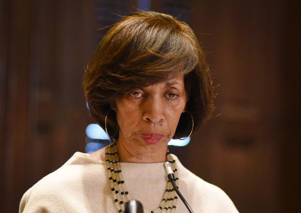 Baltimore ethics panel to investigate mayors sales of 'Healthy Holly' books