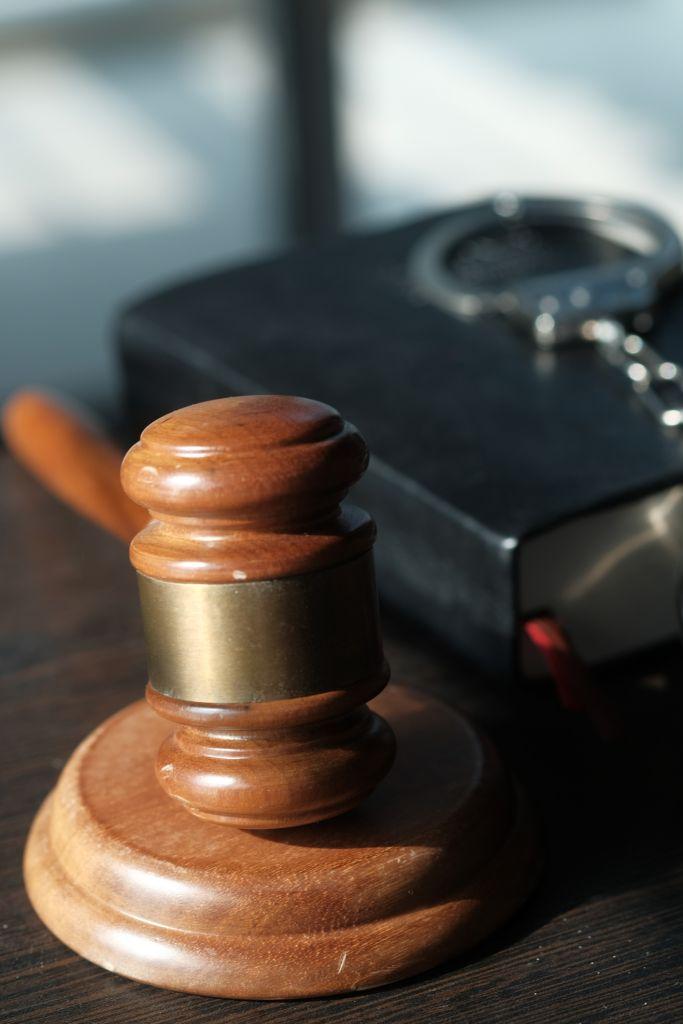 gavel and handcuff