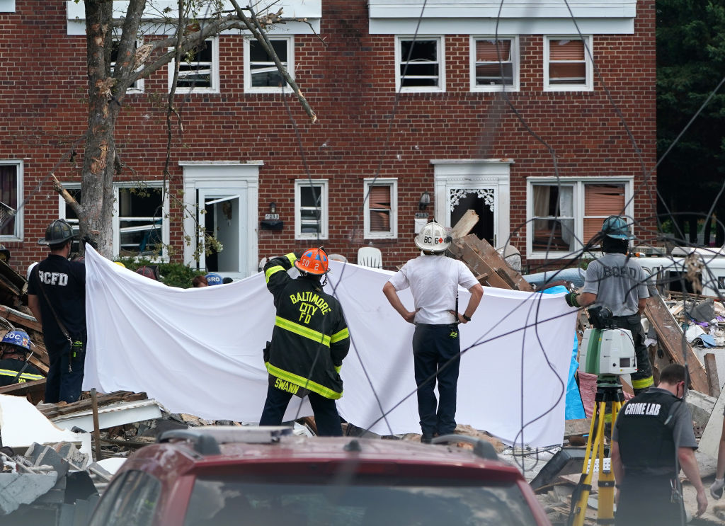 Gas Explosion In Baltimore Levels Houses And Traps People Inside