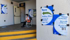 US-POLITICS-VOTE-MIAMI-HEALTH-VIRUS