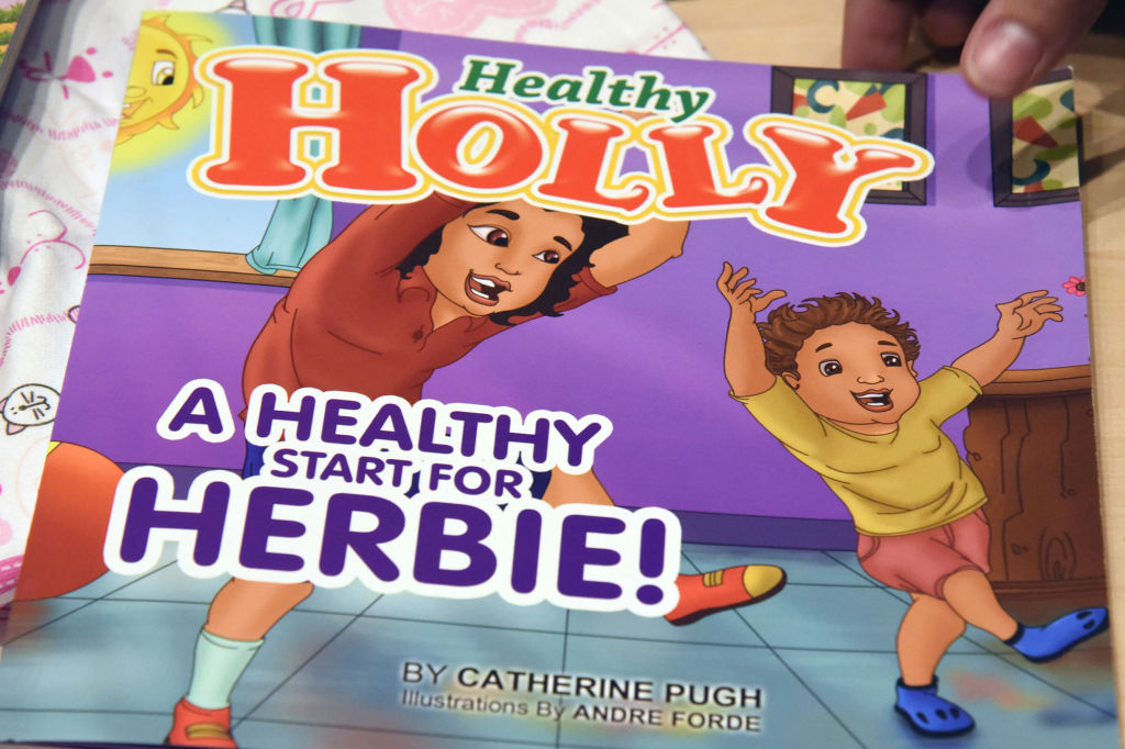 Audit: Medical officials never read ex-mayors Healthy Holly books before paying her